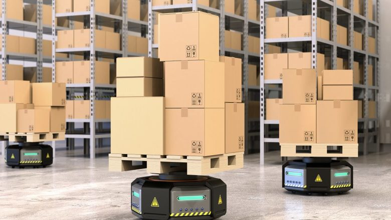 robots-in-warehouse
